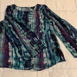 Blouse gorgeous sleeves